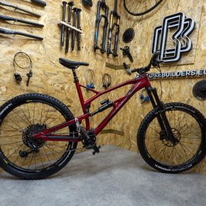 Bike Builders Nukeproof Mega 275